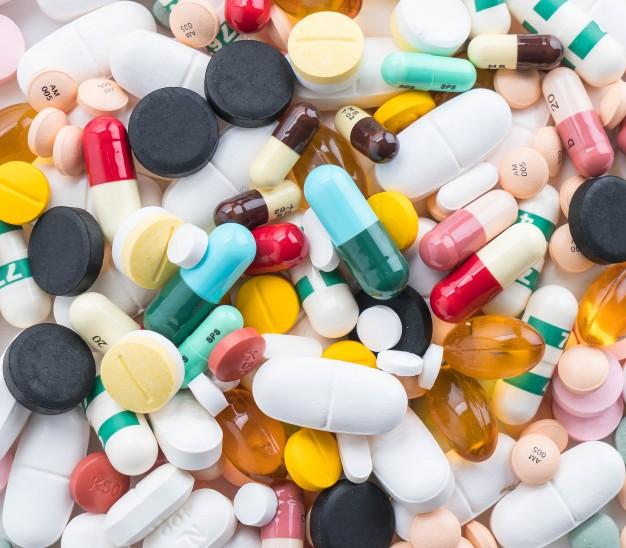 Chaos diverser Pillen und Medikamente